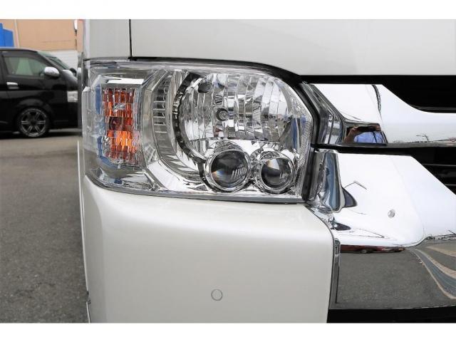 メーカーオプション:LEDヘッドライト装備