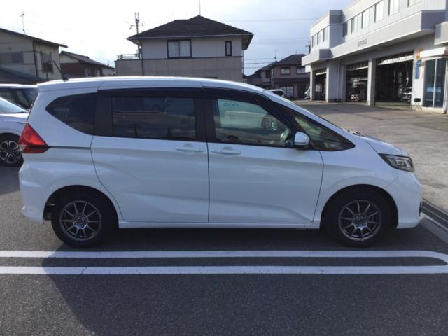 「ホンダ」「フリード」「ミニバン・ワンボックス」「滋賀県」の中古車9