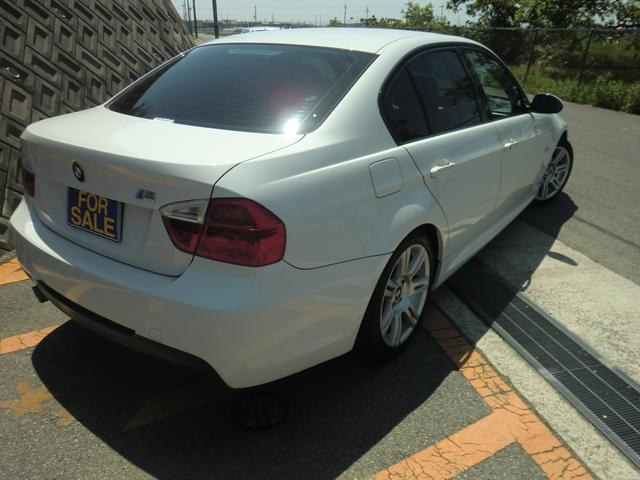 BMW BMW 320i Mスポーツパッケージ 外品ナビ
