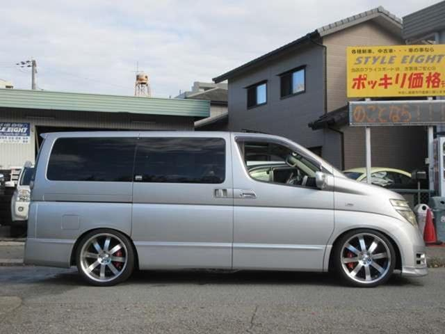 「日産」「エルグランド」「ミニバン・ワンボックス」「兵庫県」の中古車4