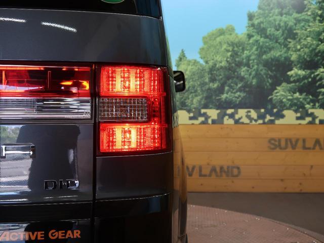 アクティブギア 4WD 純正ナビ フリップダウンモニター 両側電動スライドドア ハーフレザーシート 純正18AW HIDヘッドライト クルーズコントロール オートエアコン パドルシフト フルセグTV 禁煙車(25枚目)
