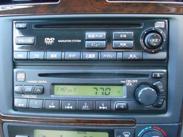 エクシモ 2.0 エクシモ 5速マニュアルミッション車・DVDナビ付・オートエアコンなど付いています(5枚目)