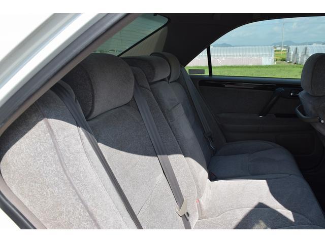 トヨタ クラウン ロイヤルサルーン 社外サンルーフ HDDナビ Bモニター