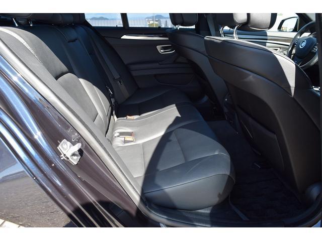 BMW BMW 535i Mスポーツパッケージ ワンオーナー 20AW 左