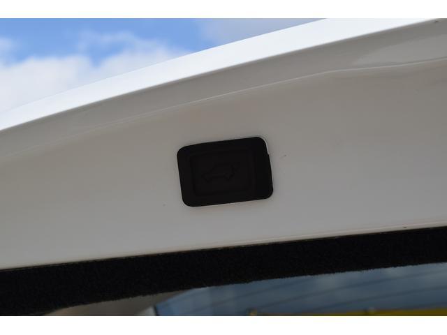 AIRS HDDナビ エアロ Bモニター 革シート ETC(18枚目)