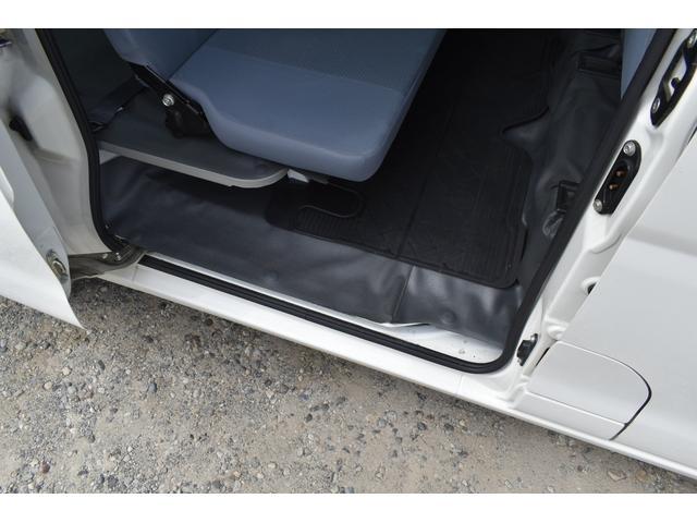 デラックスリミテッド 4WD ハイルーフ AT車 キーレス ドラレコ Bモニター パワステ パワーウインドー(13枚目)
