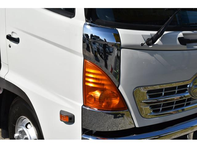 ベースグレード 古河4段ユニック ラジコン 4トン車 荷台鉄板加工 6速MT車 新品メッキバンパー メッキグリル(42枚目)