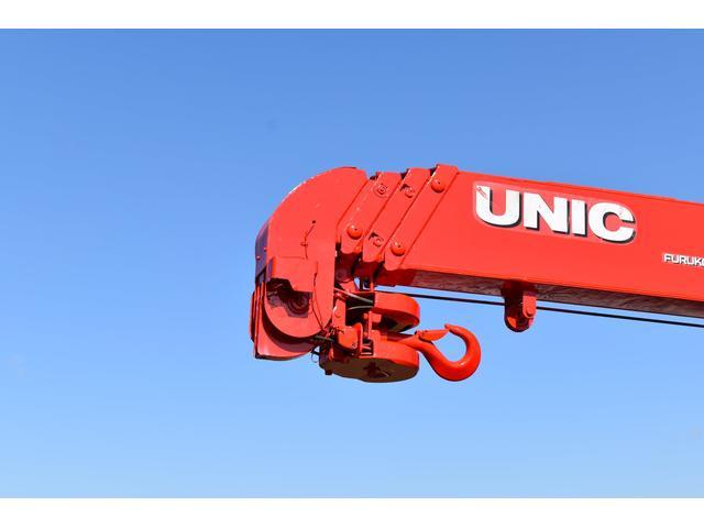 ベースグレード 古河4段ユニック ラジコン 4トン車 荷台鉄板加工 6速MT車 新品メッキバンパー メッキグリル(63枚目)