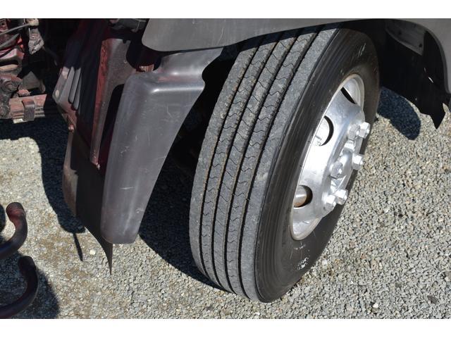 ベースグレード 古河4段ユニック ラジコン 4トン車 荷台鉄板加工 6速MT車 新品メッキバンパー メッキグリル(78枚目)