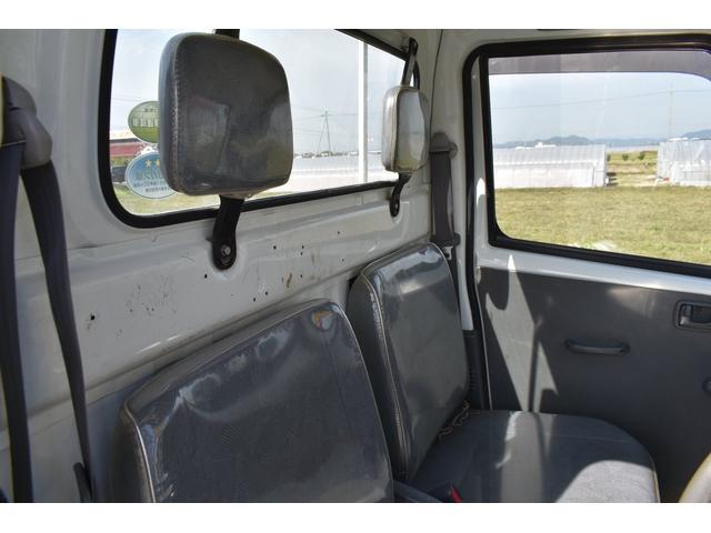 V-LTD エアコン パワステ AT車 4WD 荷台ゴムマット ユーザー買取車(6枚目)