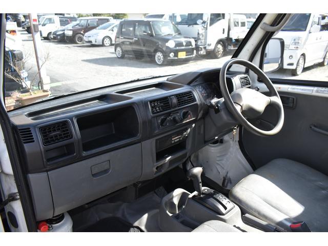 V-LTD エアコン パワステ AT車 4WD 荷台ゴムマット ユーザー買取車(9枚目)