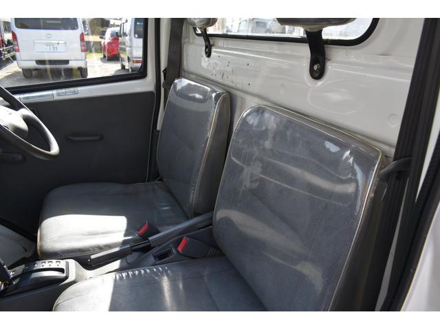 V-LTD エアコン パワステ AT車 4WD 荷台ゴムマット ユーザー買取車(10枚目)