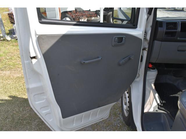 V-LTD エアコン パワステ AT車 4WD 荷台ゴムマット ユーザー買取車(15枚目)