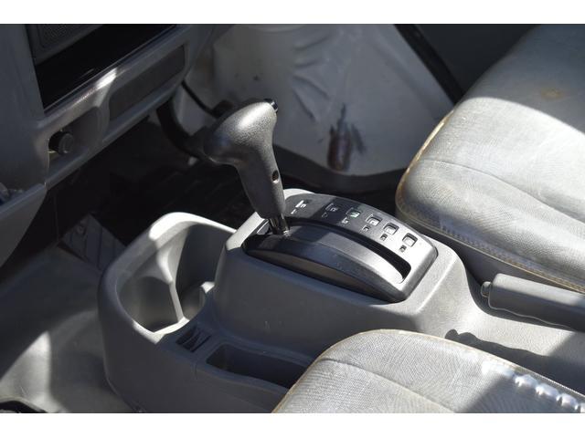 V-LTD エアコン パワステ AT車 4WD 荷台ゴムマット ユーザー買取車(16枚目)