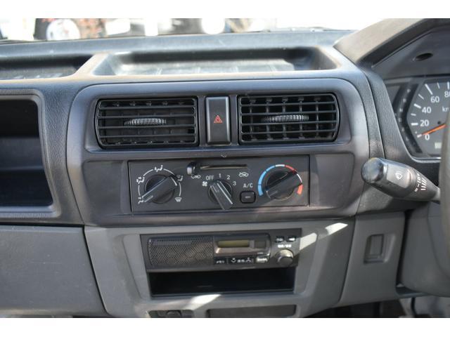 V-LTD エアコン パワステ AT車 4WD 荷台ゴムマット ユーザー買取車(17枚目)