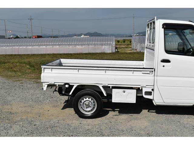 V-LTD エアコン パワステ AT車 4WD 荷台ゴムマット ユーザー買取車(35枚目)