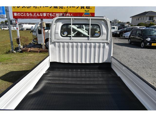 V-LTD エアコン パワステ AT車 4WD 荷台ゴムマット ユーザー買取車(80枚目)