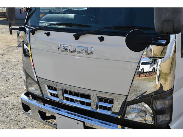 強化ダンプ 2トンダンプ 新品シートカバー メッキバンパー メッキグリル 5速MT車 最大積載2000KG 左電格ミラー 3人乗り(26枚目)