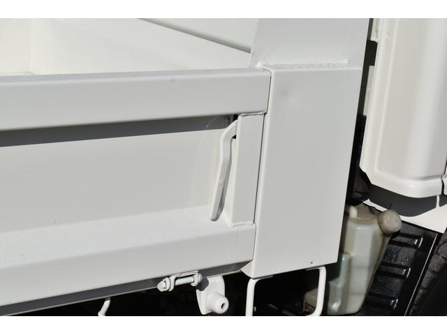 強化ダンプ 2トンダンプ 新品シートカバー メッキバンパー メッキグリル 5速MT車 最大積載2000KG 左電格ミラー 3人乗り(56枚目)