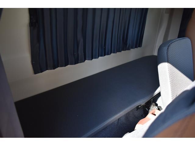 積載車 ステンレス加工 油圧リアゲート ユニックネオ5 ハイルーフ ベッド付き カーテン 内装LED コーナーLED フルメッキ装着 レーダー ドラレコ ETC 社外ナビ TV走行中OK 道具箱(11枚目)