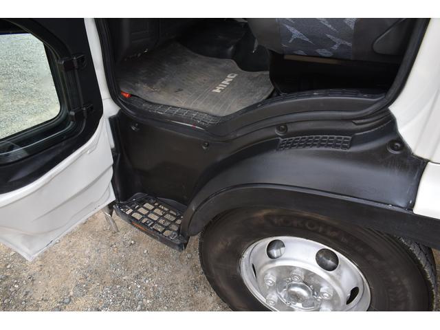 ベースグレード 古河4段ユニック ラジコン フックイン メッキバンパー メッキコーナーパネル メッキグリル メッキミラーカバー UNIC 2010年式 2.93吊 荷台寸法・内寸540.211 ETC AT車両(19枚目)