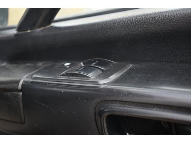 ベースグレード 古河4段ユニック ラジコン フックイン メッキバンパー メッキコーナーパネル メッキグリル メッキミラーカバー UNIC 2010年式 2.93吊 荷台寸法・内寸540.211 ETC AT車両(20枚目)