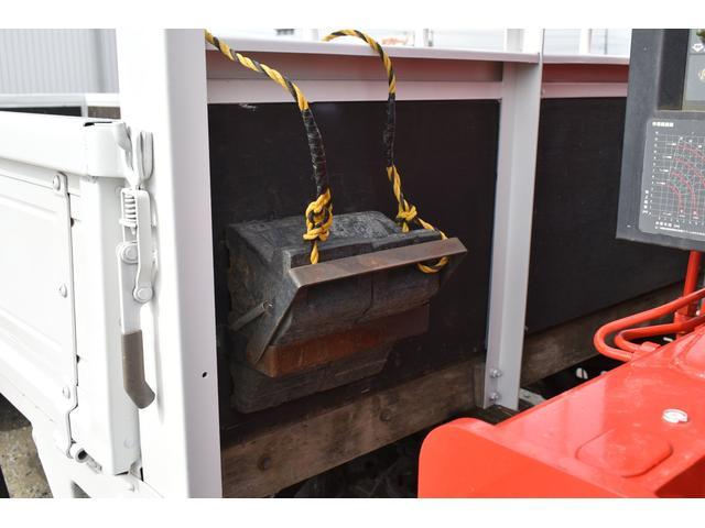 ベースグレード 古河4段ユニック ラジコン フックイン メッキバンパー メッキコーナーパネル メッキグリル メッキミラーカバー UNIC 2010年式 2.93吊 荷台寸法・内寸540.211 ETC AT車両(73枚目)