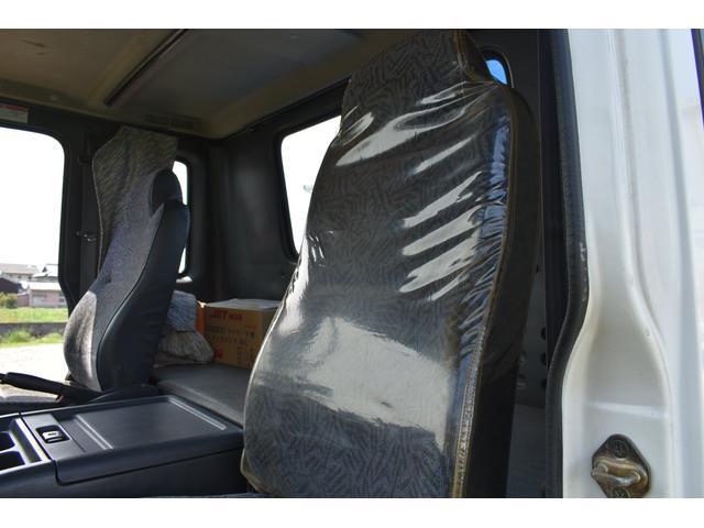 ベースグレード タダノ5段ユニック ラジコン フックイン ベッド付き メッキコーナーパネル メッキバンパー メッキグリル 乗車定員2人 内寸510/213(16枚目)