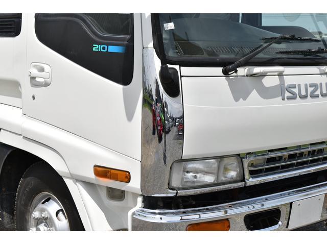 ベースグレード タダノ5段ユニック ラジコン フックイン ベッド付き メッキコーナーパネル メッキバンパー メッキグリル 乗車定員2人 内寸510/213(34枚目)