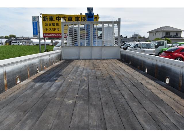 ベースグレード タダノ5段ユニック ラジコン フックイン ベッド付き メッキコーナーパネル メッキバンパー メッキグリル 乗車定員2人 内寸510/213(61枚目)