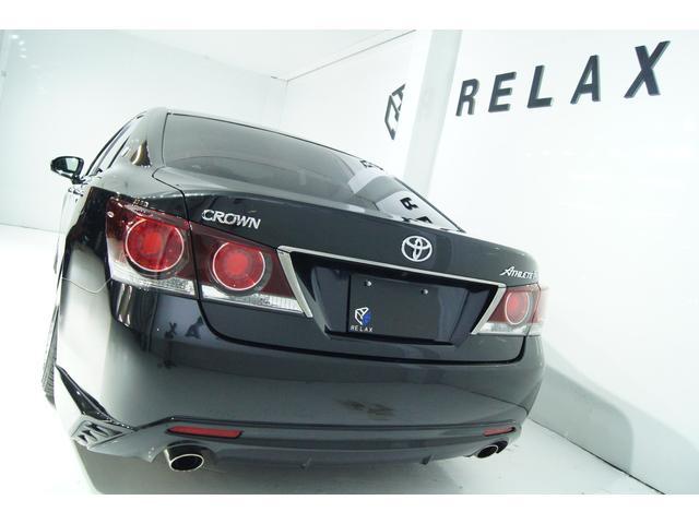 2000ccターボ燃費13.4を誇る快適&低燃費&経済性の高い人気のモデル!8速オートマで低回転で室内も静かな落ち着いた空間となっております!