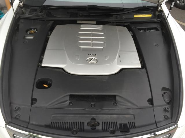 V8エンジン(1UR)タイミングチェーン式です!バッテリー新品交換済み!