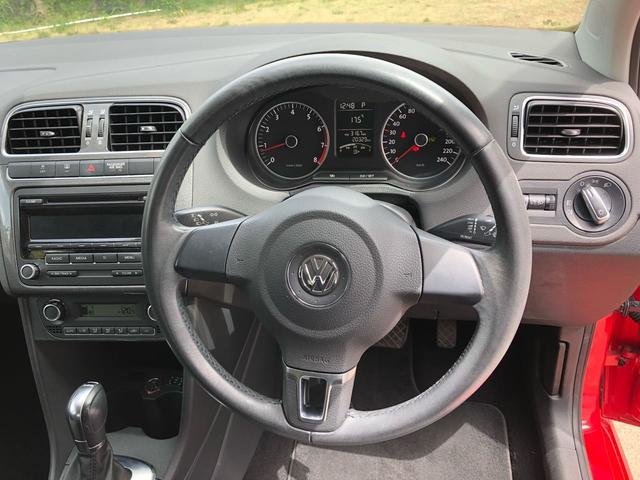 フォルクスワーゲン VW ポロ TSIハイライン ETC 低走行