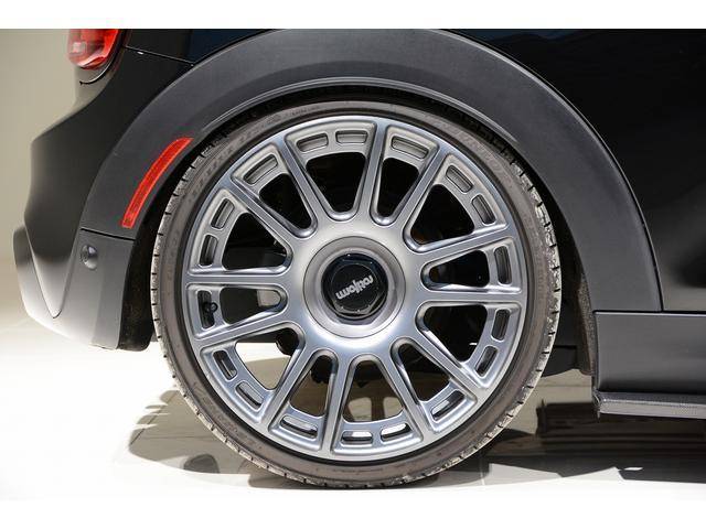 クーパーS rotiform19AW BCレーシング車高調 REMUS可変マフラー Degitec ECUチューニング 追加メーター カーボンパーツ デイライトコーディング 後期用ユニオンジャックテール(26枚目)