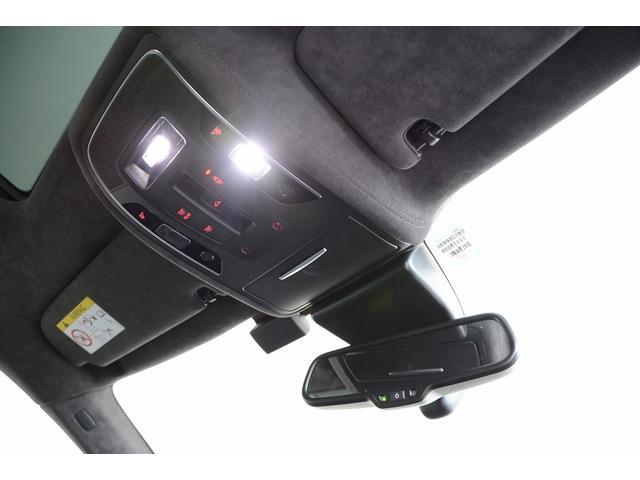 「アウディ」「RS7スポーツバック パフォーマンス」「セダン」「兵庫県」の中古車72
