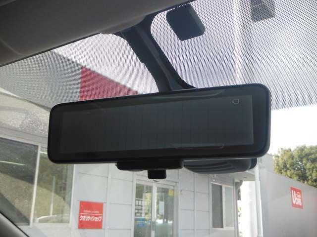後方視界をスマートに確認することができるアラウンドビューモニター