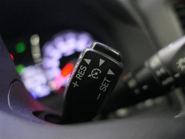 オートクルーズは、高速道路でアクセルを踏まなくても設定した速度(40〜100Km)で走れるので、アクセルを踏む足に負担が掛かりません!特に、ロングドライブの時に大活躍しそうですね♪ヽ(◎´∀`)ノ