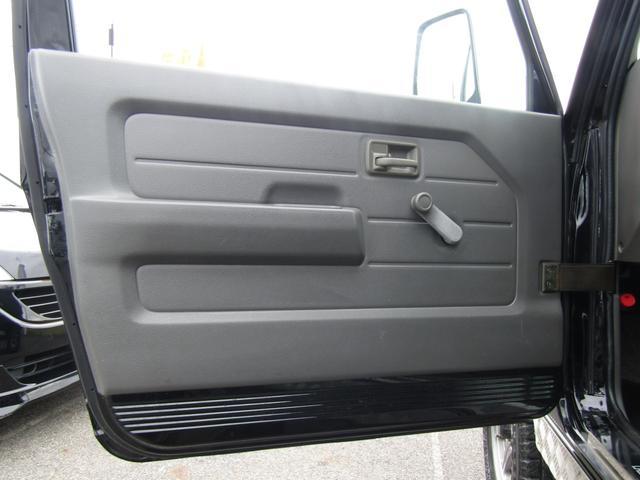 ワイルドウインド 4WD スムージング マフラー 革調シート(16枚目)