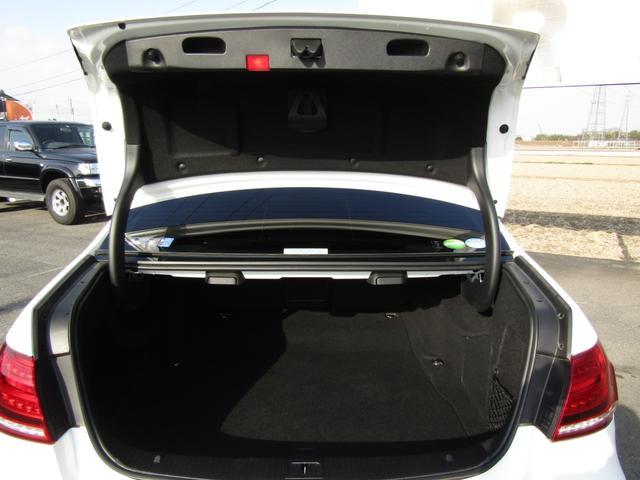 E250 アバンギャルド AMGスポーツP 黒半革シート 全周囲カメラ ナビ パワーシート(20枚目)