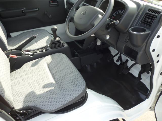 M エアコン パワステ 4WD 誤発進抑制 届出済未使用車(10枚目)