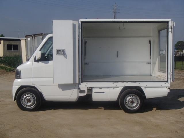販売車 パネルバン AT 折戸 跳上 バックカメラ 4WD(5枚目)