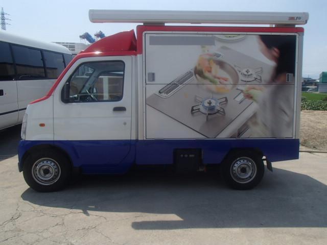移動販売車 3室式 サブバッテリー オーニング 外部電源(4枚目)