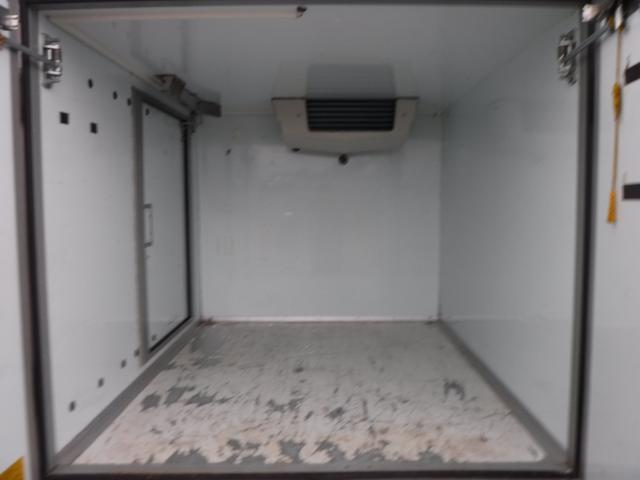 冷蔵冷凍車 中温 -5℃ AT スライドドア 観音扉(12枚目)