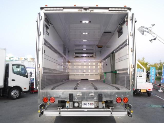 冷蔵冷凍車 低温-30℃設定 62ワイドベッド付 格納ゲート(10枚目)