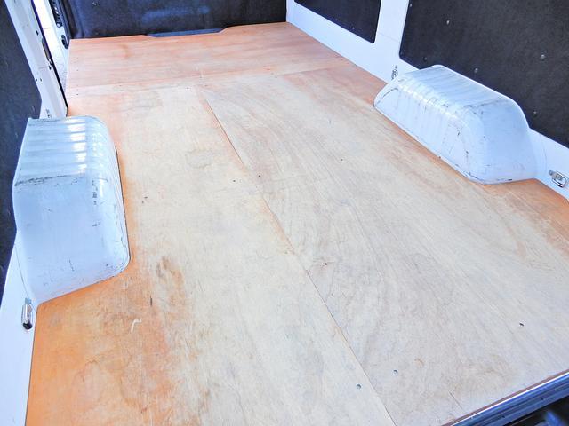 ロングDX/荷室木板/小型貨物4ナンバ/1オーナー/Tチェン(6枚目)