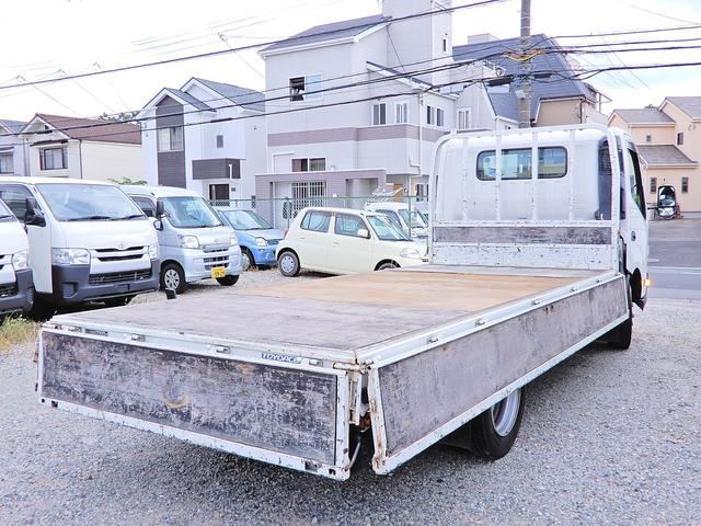 ロング ワイド 型式XZU710 積載2t 荷台寸法木製436cm188cm38cm Wタイヤ フルジャストロー MT6速 法人ワンオーナー 点検整備記録付き ETC ディーゼルターボ軽油 普通貨物1ナンバー(11枚目)