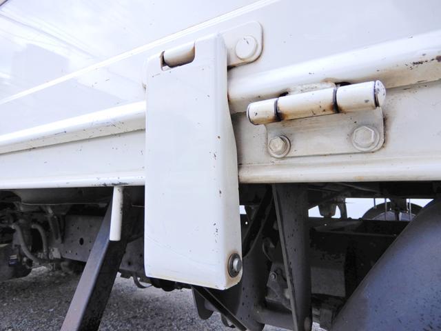 ロング ワイド 型式XZU710 積載2t 荷台寸法木製436cm188cm38cm Wタイヤ フルジャストロー MT6速 法人ワンオーナー 点検整備記録付き ETC ディーゼルターボ軽油 普通貨物1ナンバー(14枚目)