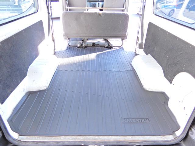 ロングDX 荷台新品マット グー鑑定済み 両側スライド5D 6人乗り Tチェーン式 小型貨物4ナンバー キーレス ETC オートマ ガソリン車 内外装クリーニング済み 全国納車OK(16枚目)