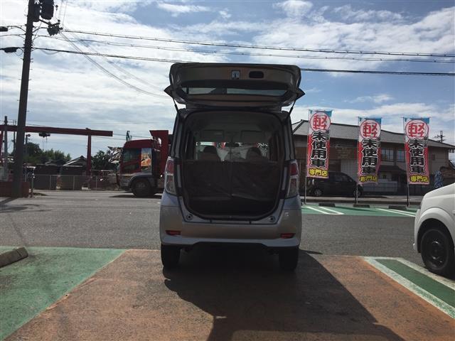 S 届出済未使用車(5枚目)