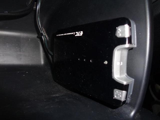 スパーダZ 社外 7インチ メモリーナビ/ヘッドランプ HID/ETC/EBD付ABS/横滑り防止装置/TV/エアバッグ 運転席/エアバッグ 助手席/アルミホイール/パワーウインドウ/キーレスエントリー(11枚目)